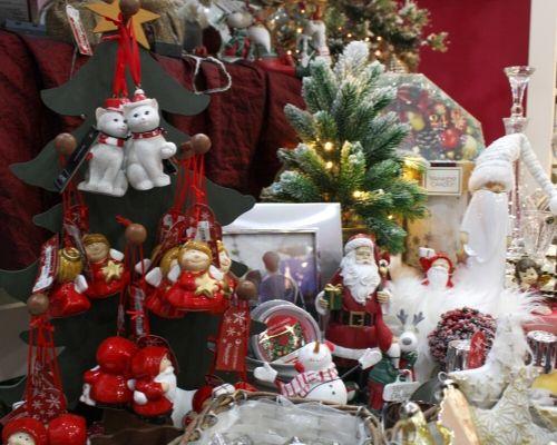 Enfeites de Natal para Árvore de Natal e Bibelôs de Natal para decorar a casa