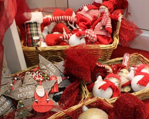 Enfeites de Natal para Árvore de Natal em madeira e tecido