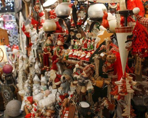 Loja de decoração de natal em massamá com imensa oferta de decoração de natal