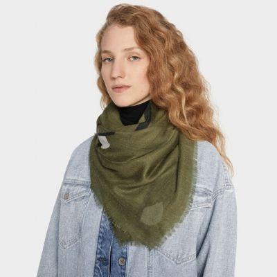 sugestoes-presentes-natal-parfois-lenço-verde-tropa-fashion-moda