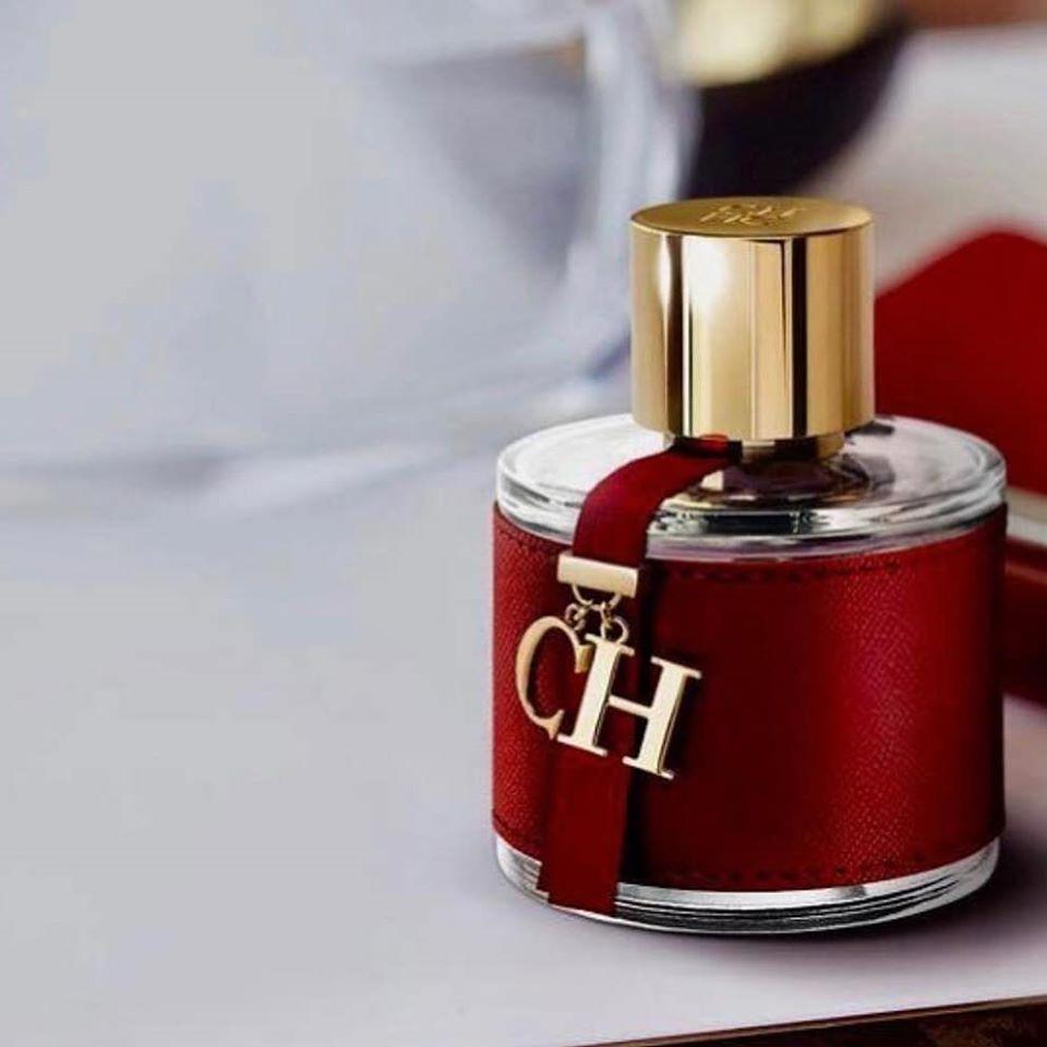 sugestoes-presentes-natal-peppers-samurosa-perfume-carolina-herrera-feminino
